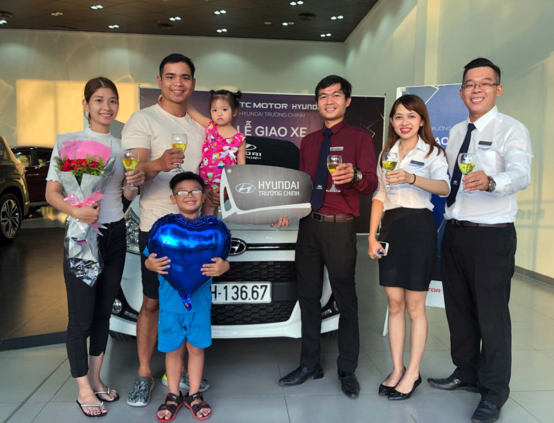 le-giao-xe-hyundai-truong-chinh-hyundai-grand-i10-hatchback