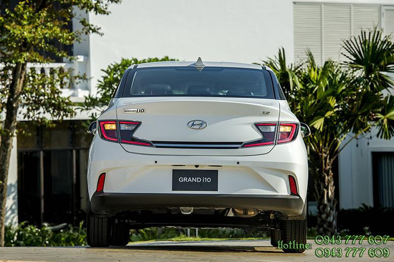 hyundai-i10-sedan-hyundai-tphcm-khuyen-mai (2).jpg
